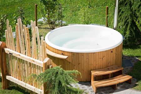 Best Hot Tub and Spa for the Money | Health Grinder